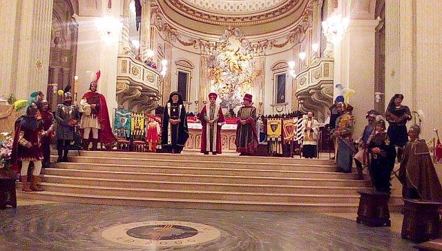 Un momento dell'investitura del priori in Cattedrale