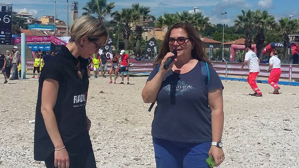 Milena Sebastiani, assessore al Turismo, inaugura la stagione dei bagni
