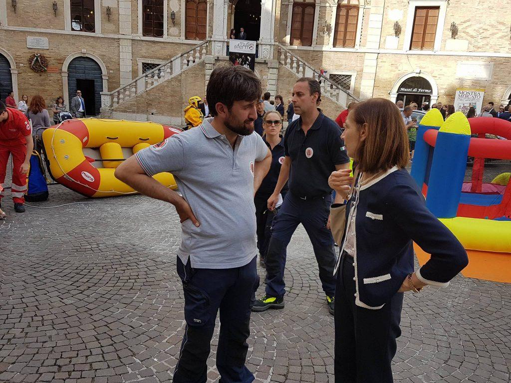 Il coordinatore della protezione Civile Francesco Lusek e il prefetto Mara di Lullo