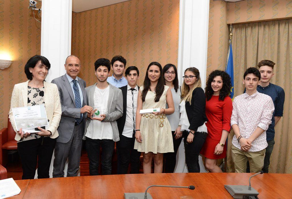 Gli studenti fermani vincitori del concorso