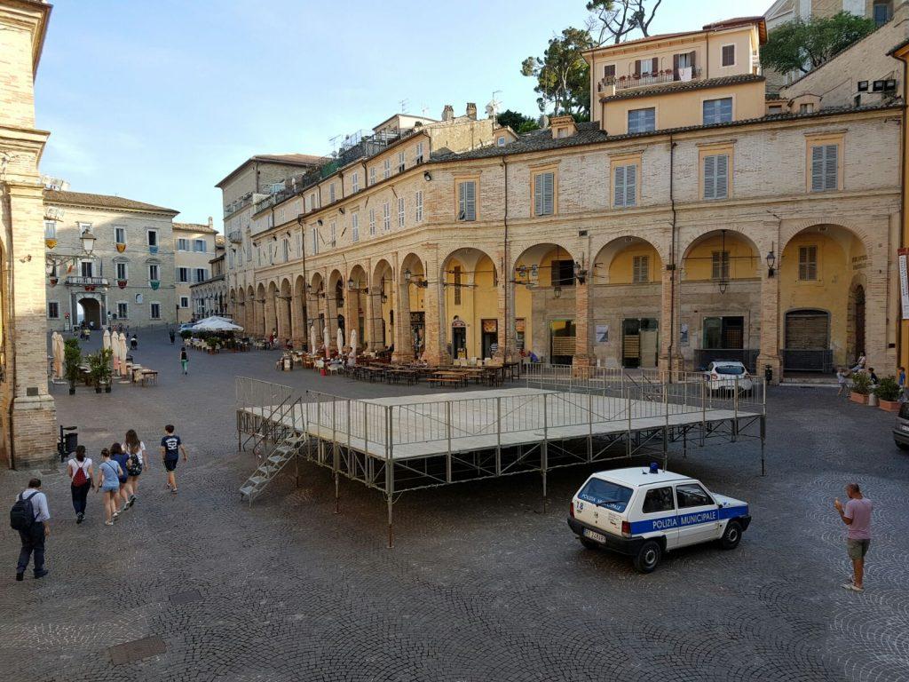 Piazza del Popolo Palco Vigili