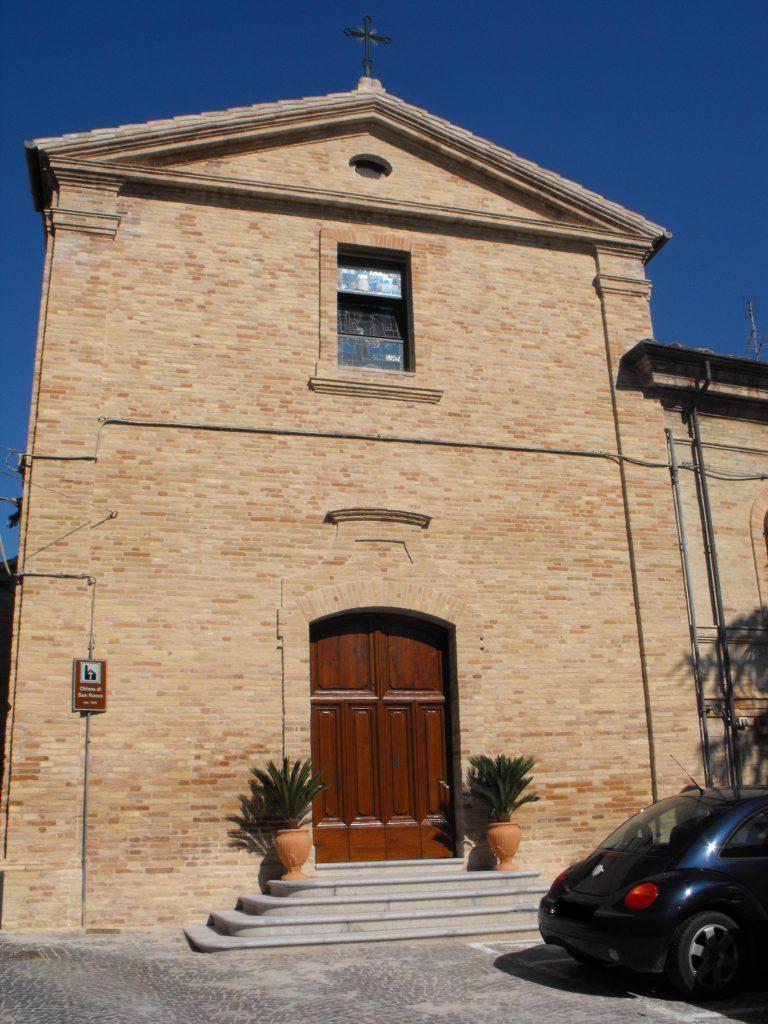 La facciata della chiesa di San Rocco