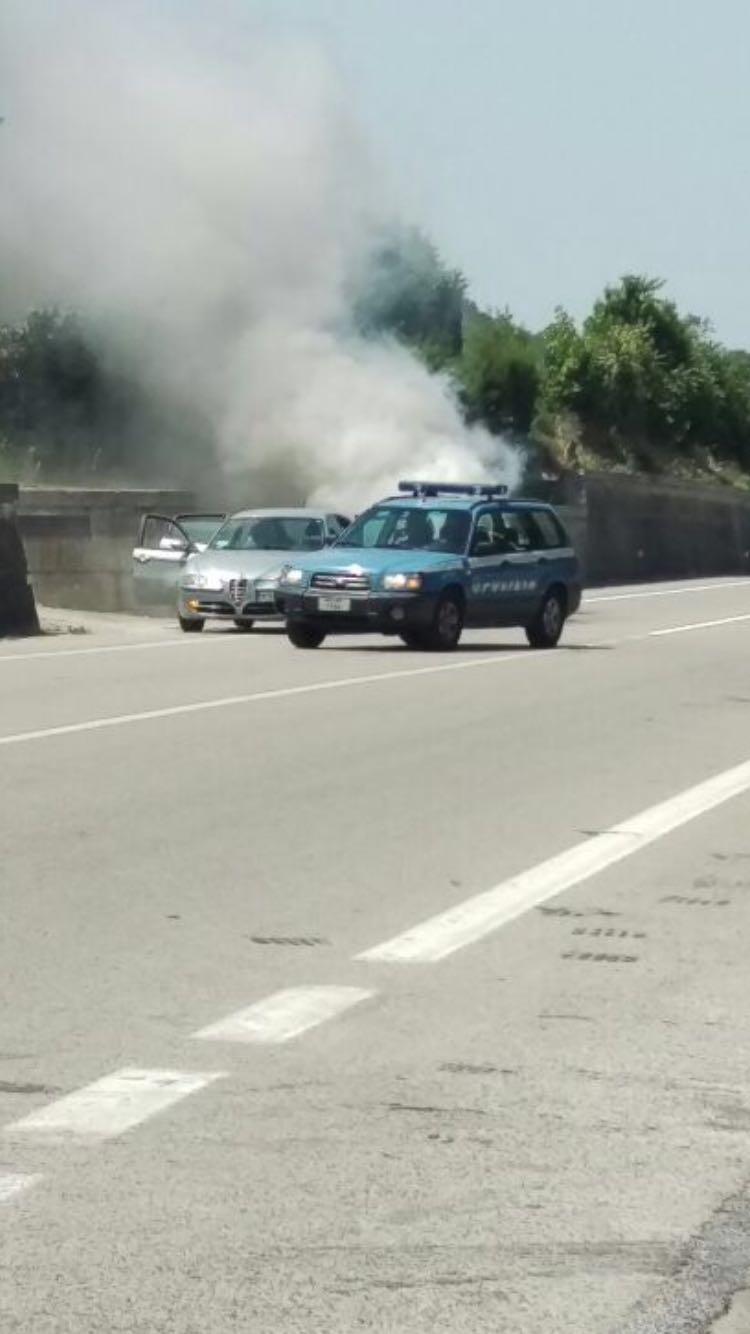 auto fiamme 3