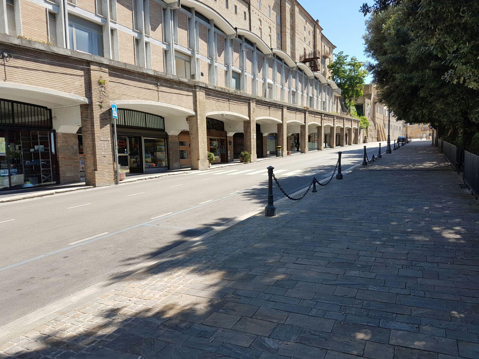Via veneto Fermo Strada Nuova