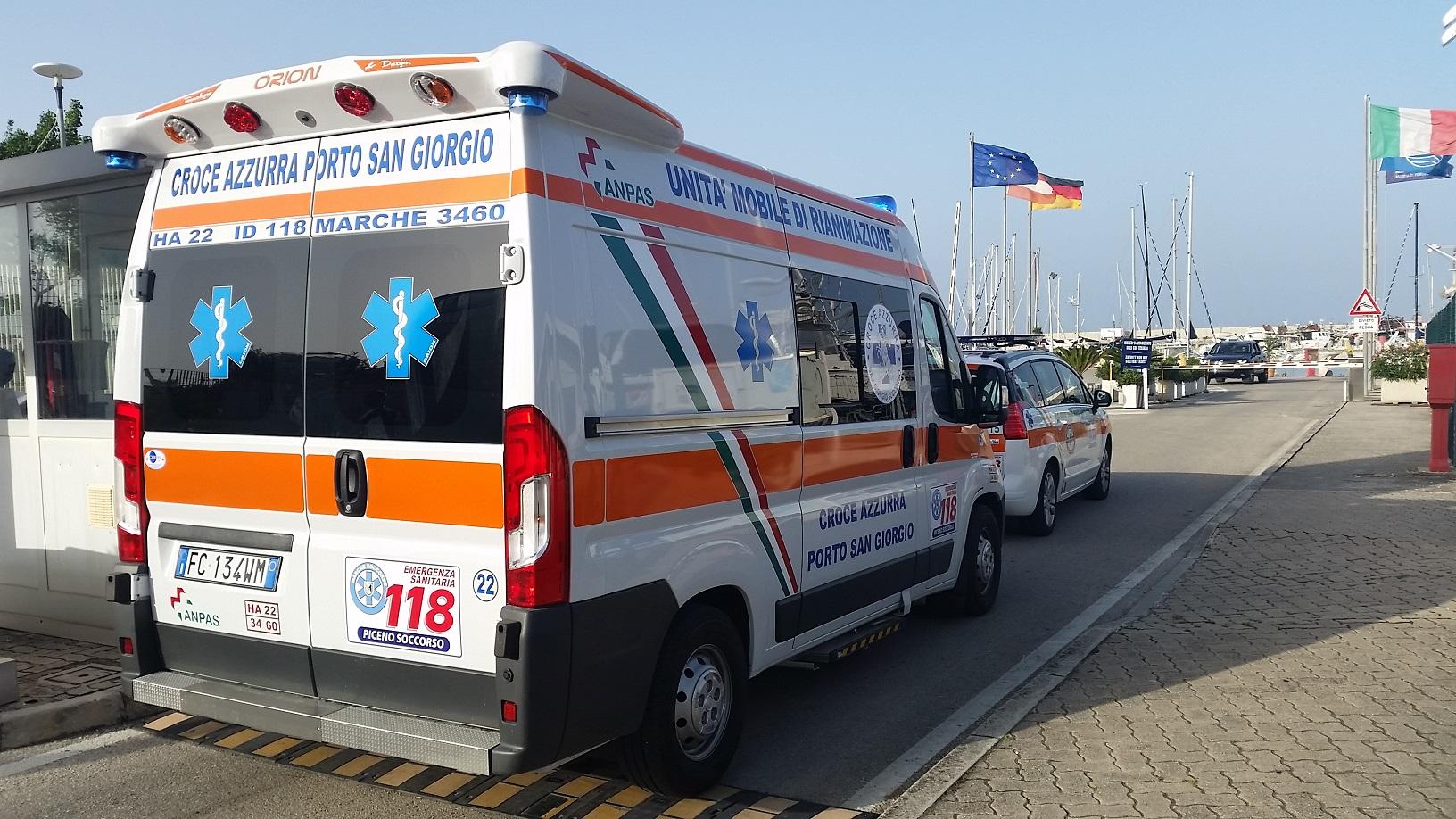 ambulanza al porto