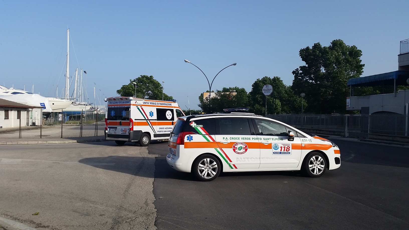 ambulanza lungomare porto san giorgio