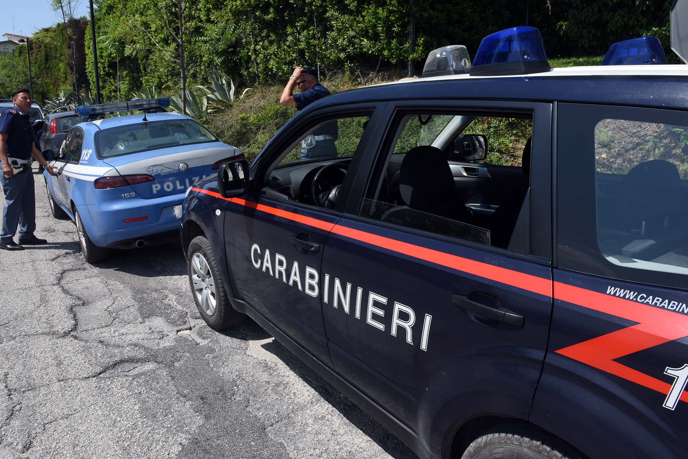 blitz interforze montegranaro sgombero palazzo botticelli carabinieri polizia