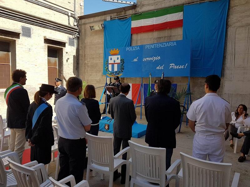 Un momento della festa della polizia peniteziaria nel carcere di Fermo