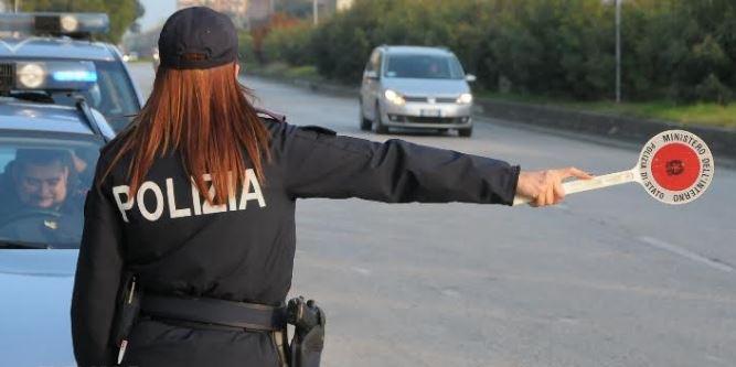 polizia controllo stradale