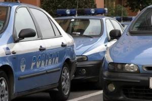 polizia tre auto