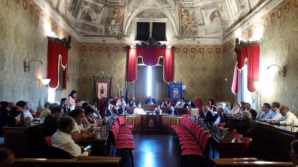 consiglio regionale a Fermo