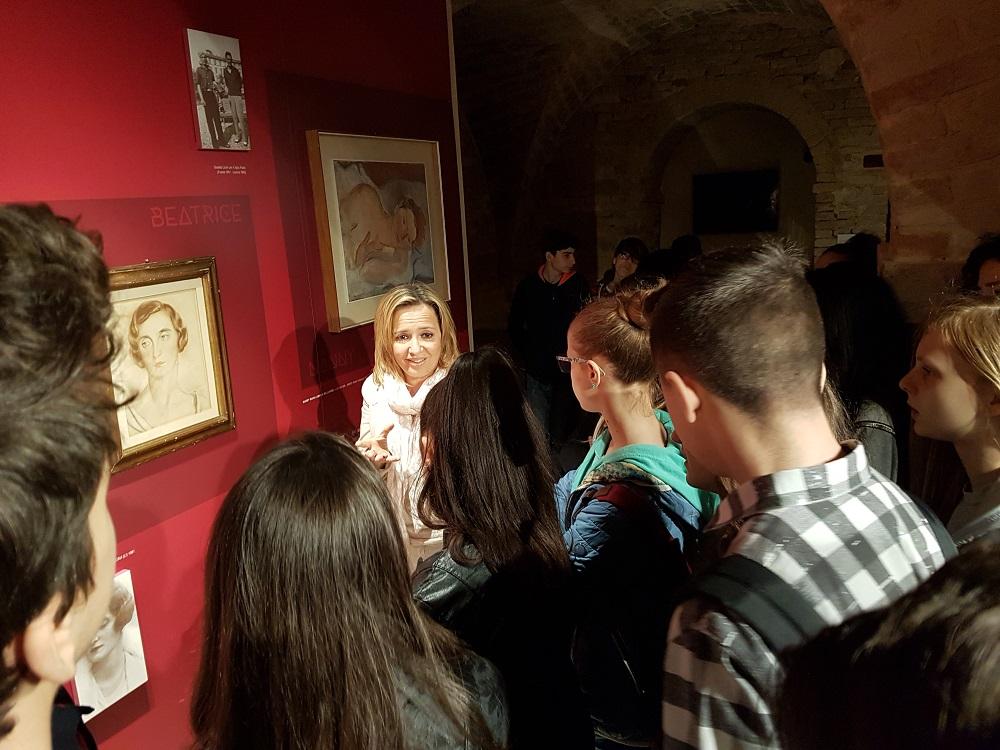 Alcuni visitatori della mostra