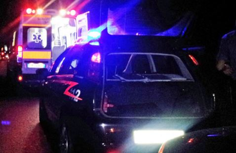 carabinieri e ambulanza notte 2