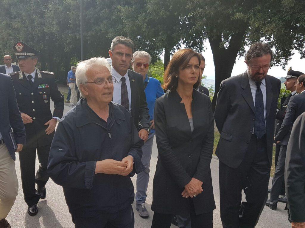 Don Vinicio Albanesi con Laura Boldrini