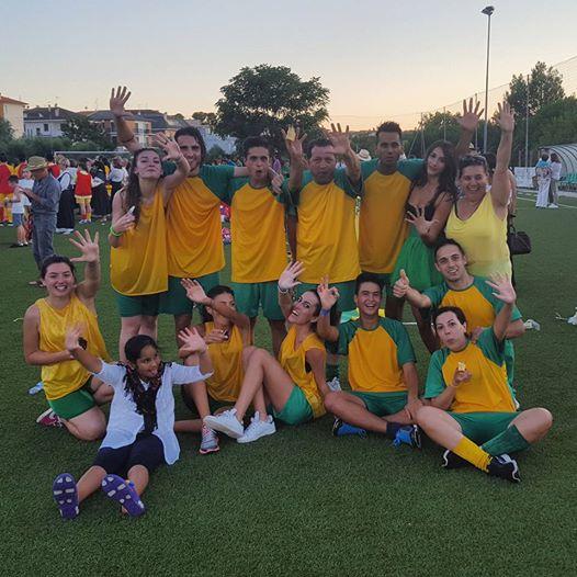 La contrada gialloverde della Spiga, quinta classificata ai giochi, prima alla corda per bambini.