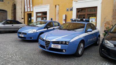 polizia piazza Fermo