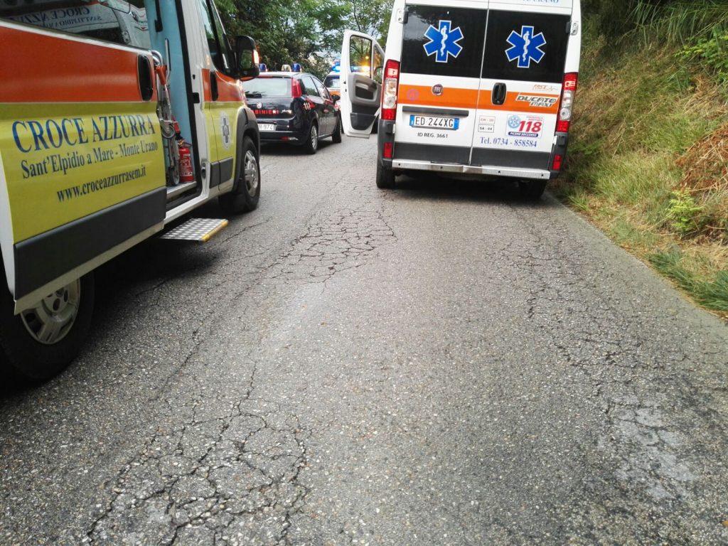 ambulanze e carabinieri