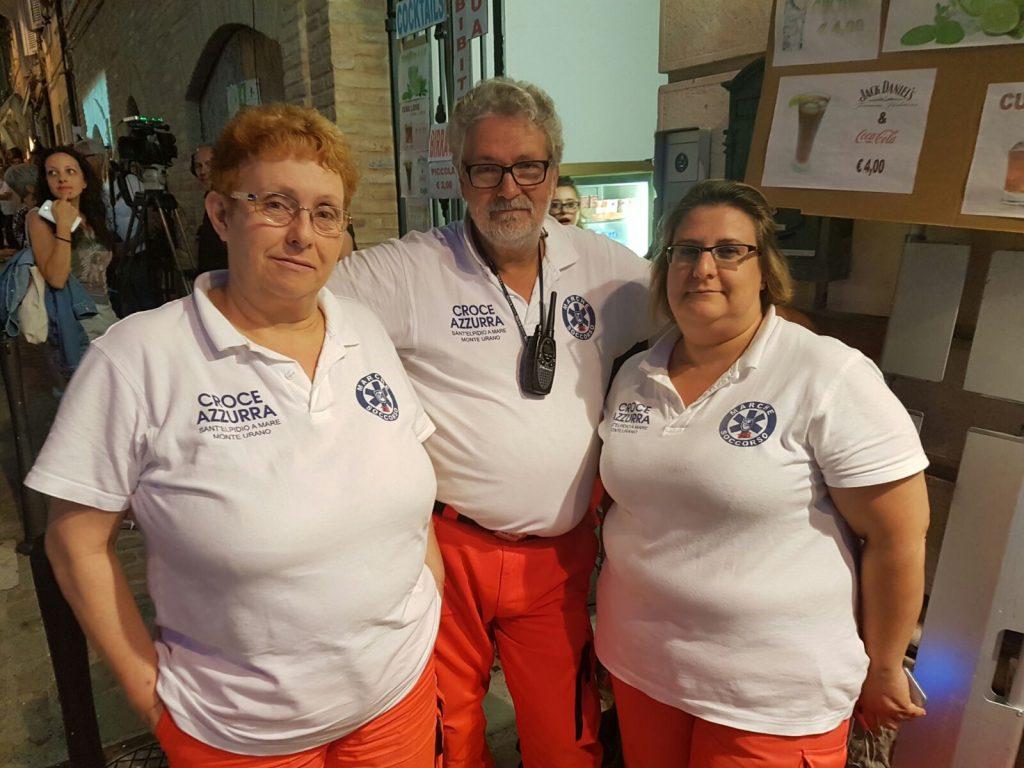 I volontari della Croce Azzurra di Sant'Elpidio a Mare