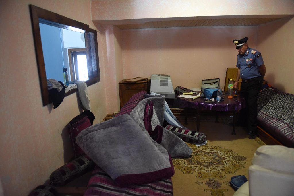 Carabinieri blitz droga controlli