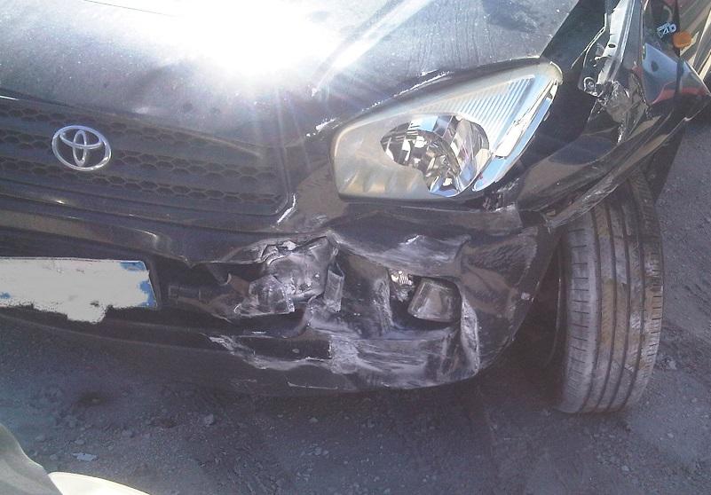 auto distrutta 3