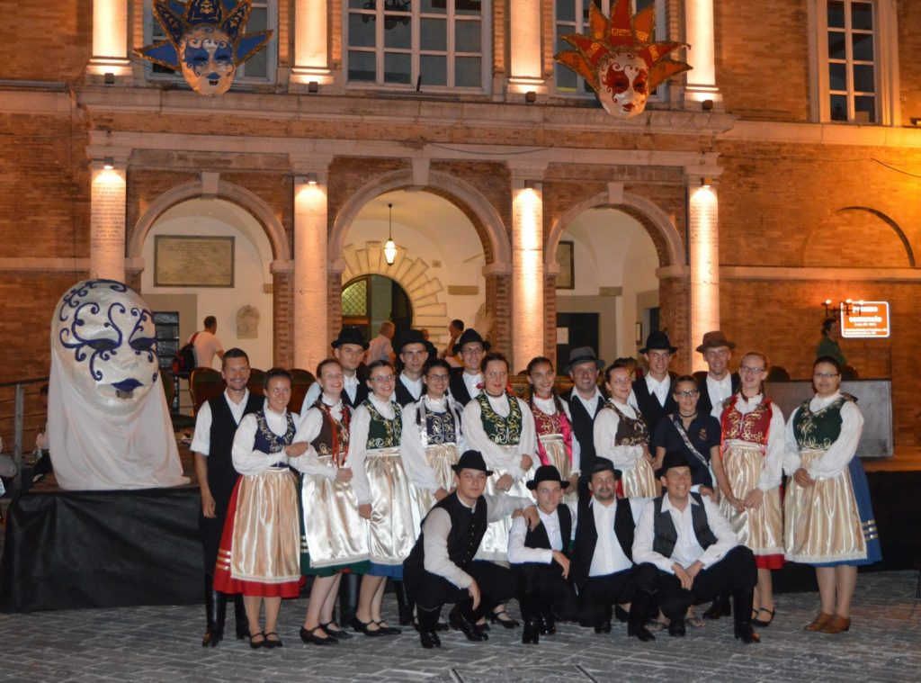 gruppo ungheresi