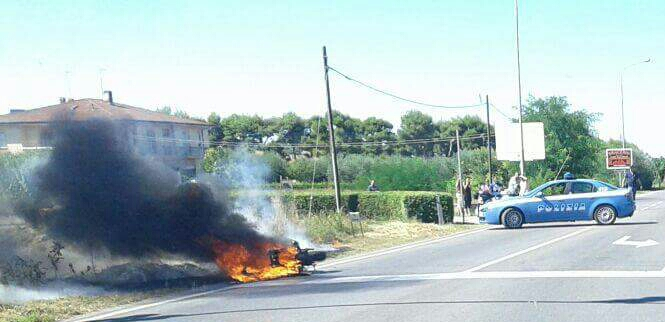 incendio casabianca moto 2