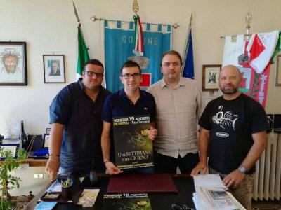 da sx il vice Sindaco Marco Vesprini, il Sindaco Luca Tomassini, il regista Andrea Ripà, e Silvio Tomassini consigliere con delega alla Cultura
