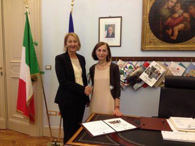 sindaco Ediana Mancini e prefetto Mara Di Lullo
