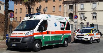 ambulanza e automedica