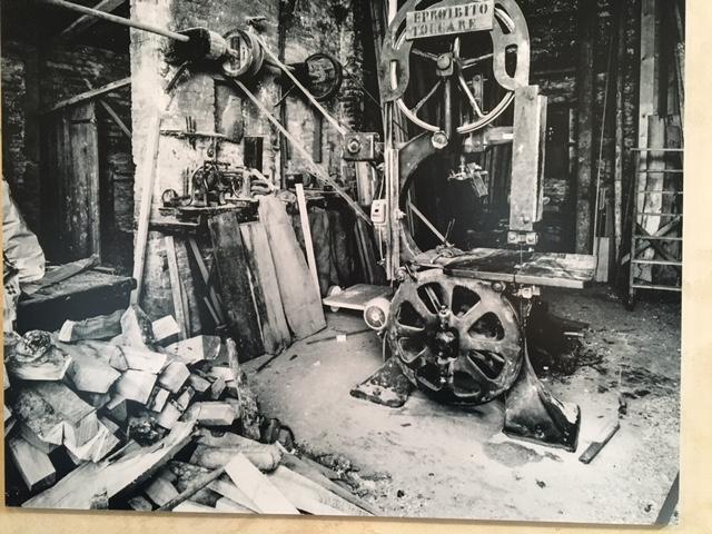 Foto dell'officina prima del restauro