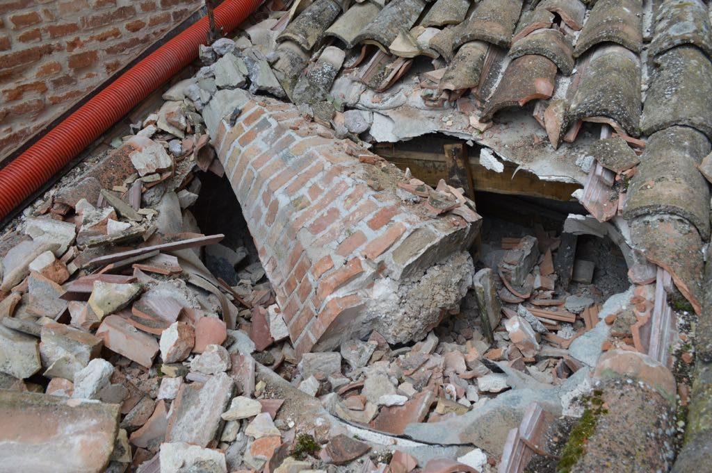 Campanile Amandola terremoto