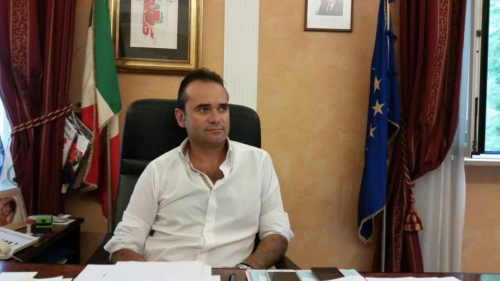 Il sindaco Nicola Loira