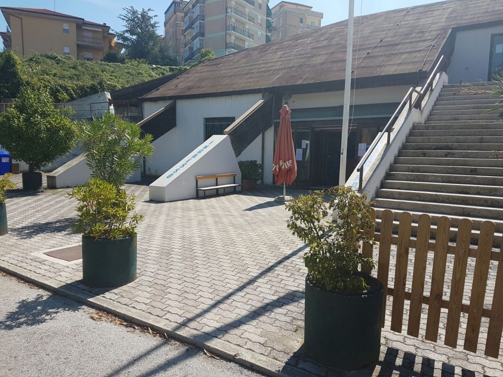 piscina-comunale-fermo