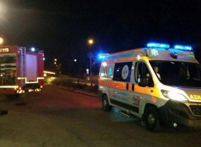 ambulanza-croce-azzurra-e-vigili-del-fuoco