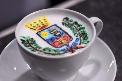 cappuccino-con-stemma-citta-porto-santelpidio-stile-libero-pse-3