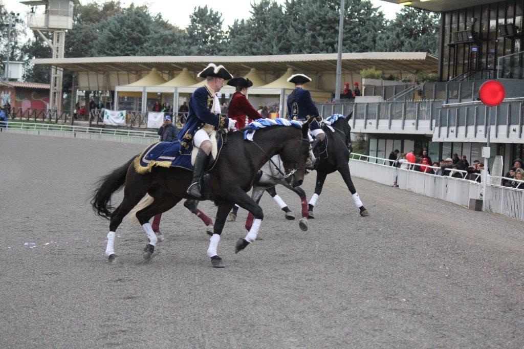 palio-dei-comuni-2013-dimostrazione-equitazione-press