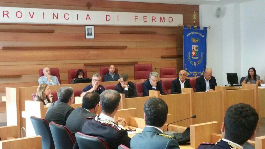 riunione-terremoto-sindaci-provincia-4