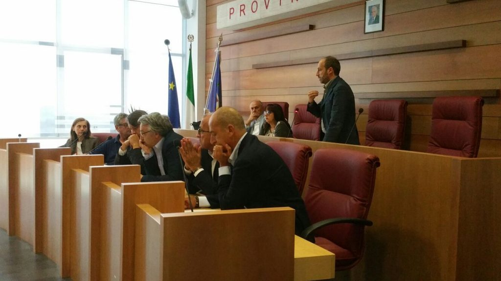 riunione-terremoto-sindaci-provincia-6