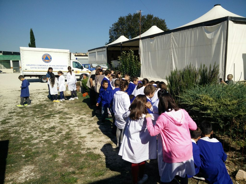 visita-bambini-scuole-protezione-civile-porto-santelpidio-5
