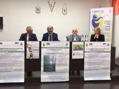 Da sx: il dott. Vincenzo Rea, il direttore area vasta IV Licio Livini, il presidente de L'Abbraccio Luciano Pini, il sindaco di Montegranaro Ediana Mancini