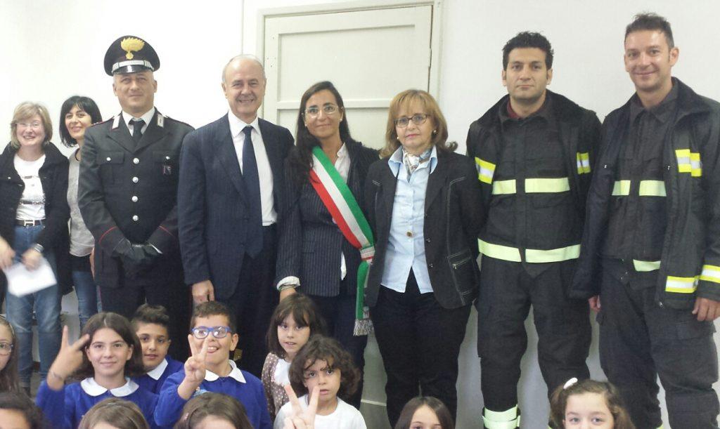 Romina Gualtieri inagurauzione scuola Monsampietro Morico