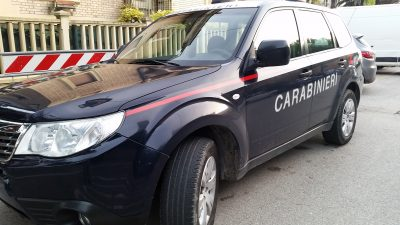 carabinieri auto giorno