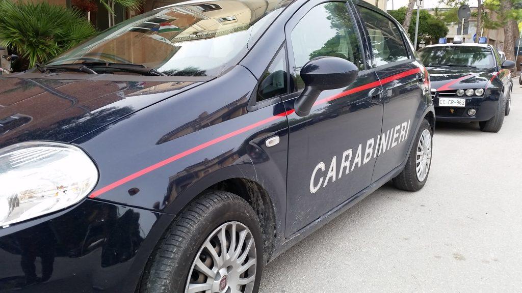 due auto carabinieri giorno