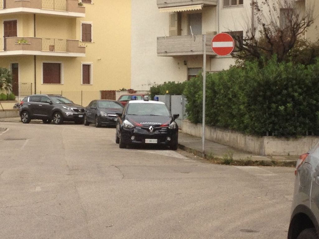 I carabinieri sul luogo della tragedia