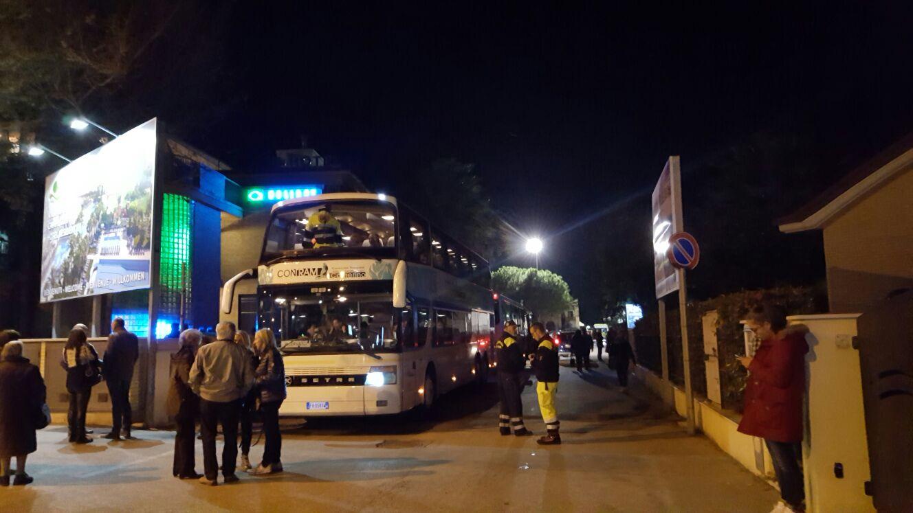 arrivi-terremotati-porto-santelpidio