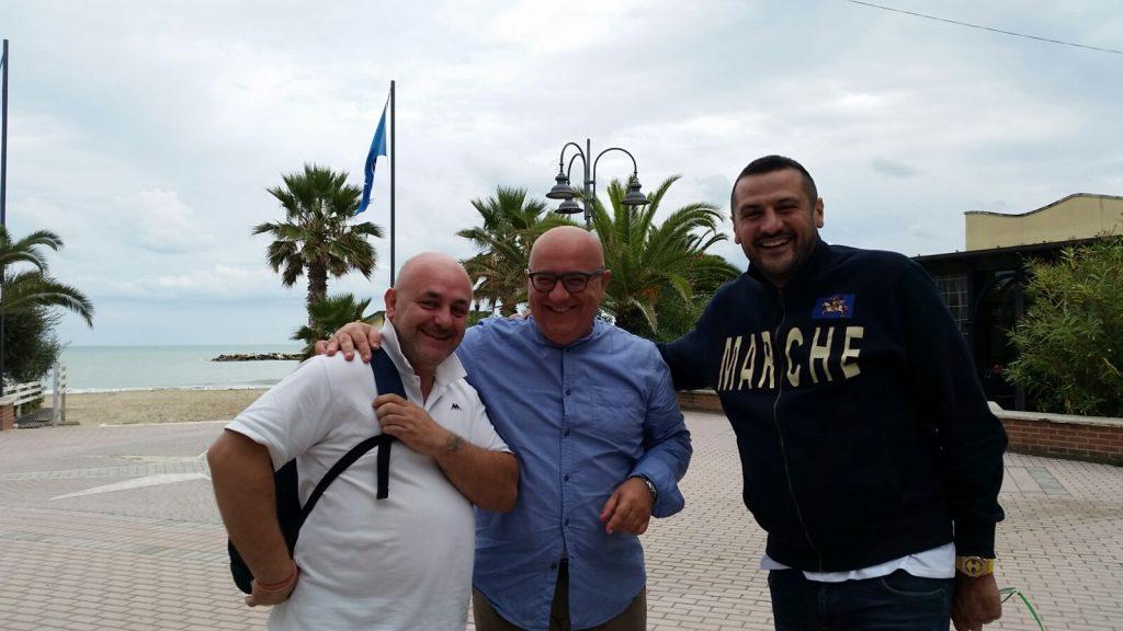 Marco Marinangeli (al centro) con Fabio Senzacqua (sx) e Roberto Vittori