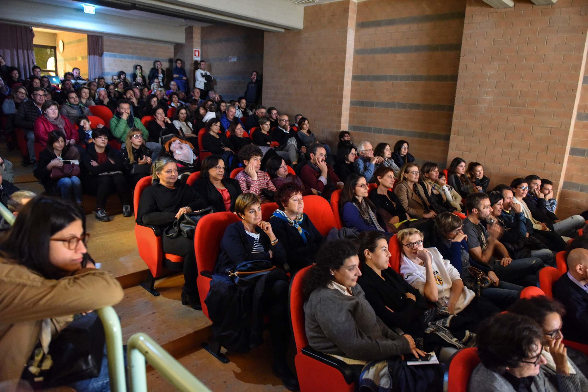 piero-massimo-macchini-auditorium-santelpidio-a-mare-1