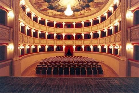 teatro_portosangiorgio_2