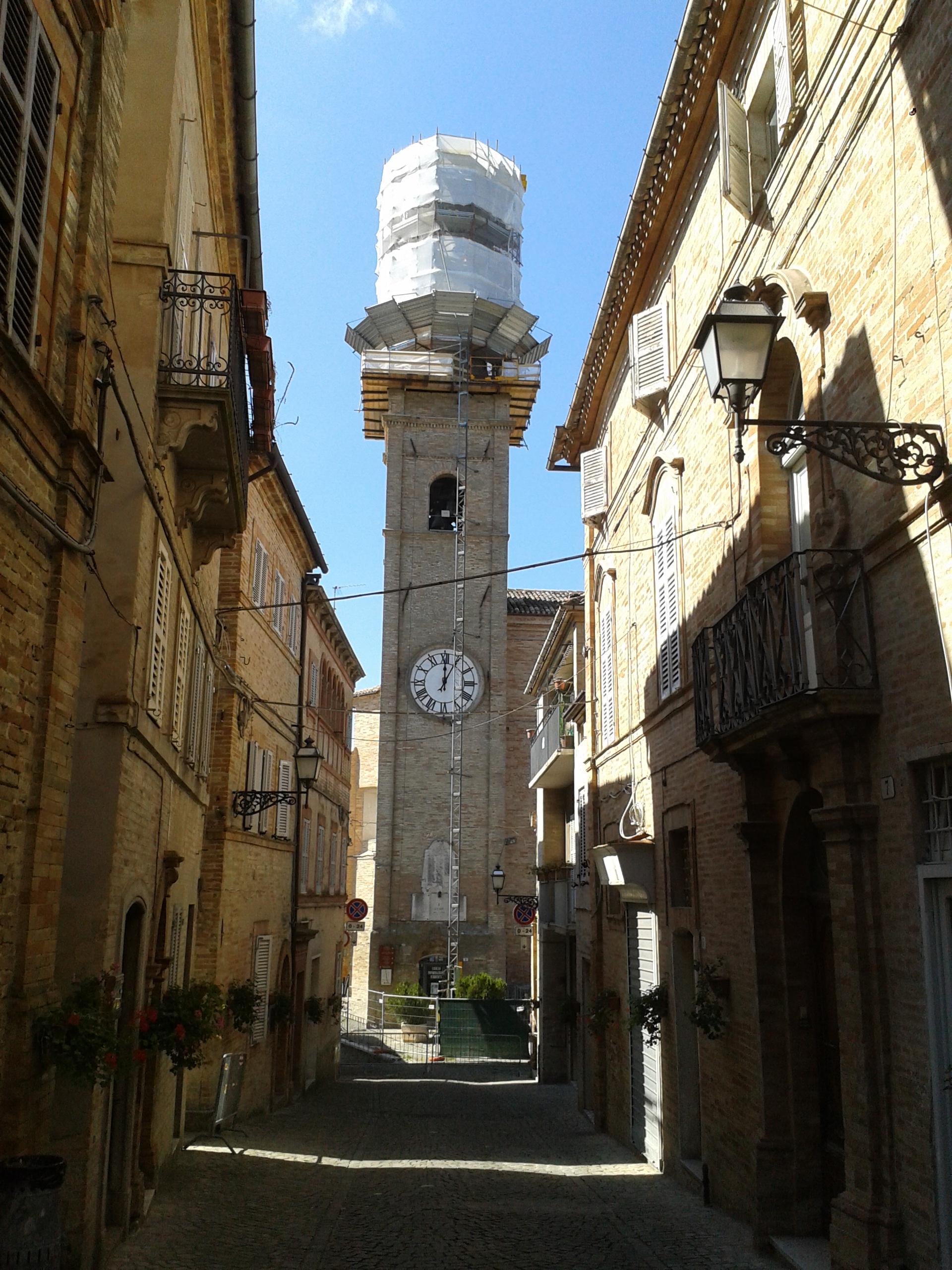 La torre civica appena messa in sicurezza