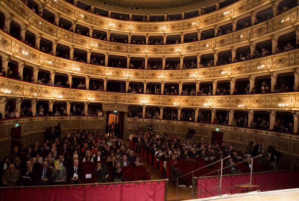 Pagella d'oro teatro dell'Aquila